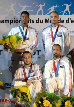 freres-jeannet-medaille-or-epee-equipe.jpg